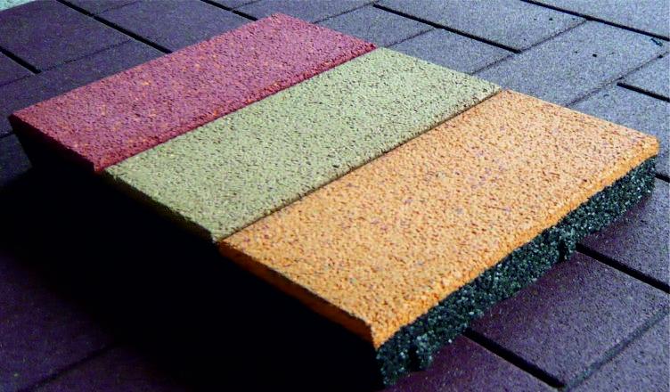 Резиновая тротуарная плитка для дачи